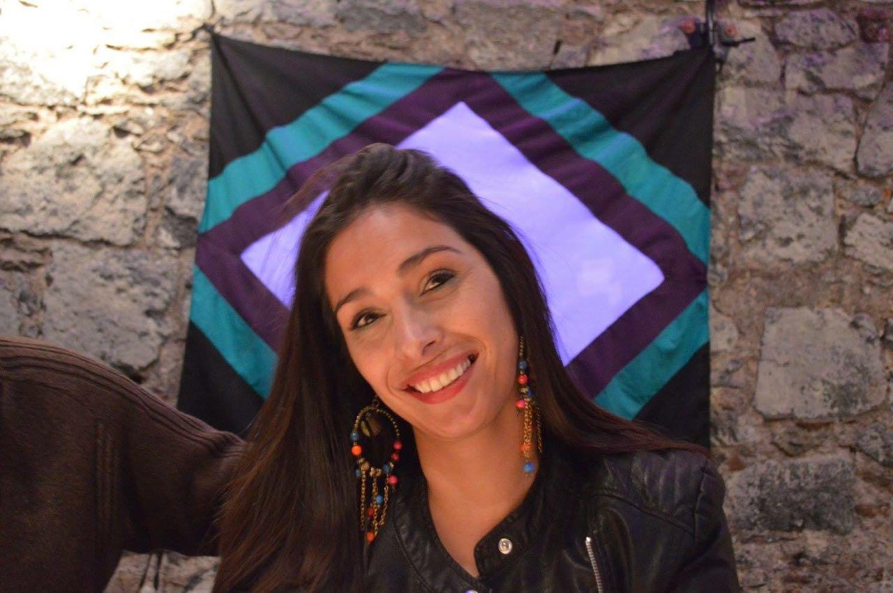 Fernanda Ortubay es una morocha infartante y vestirá los colores de Borbotones